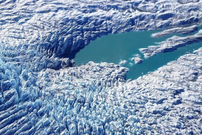 Una fotografía aérea tomada en mayo cerca de Kangerlussuaq, Groenlandia, por el programa de la NASA llamado Operation IceBridge (operación puente de hielo) Credit Reuters