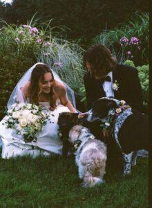 Elizabeth Gillies se casó en secreto